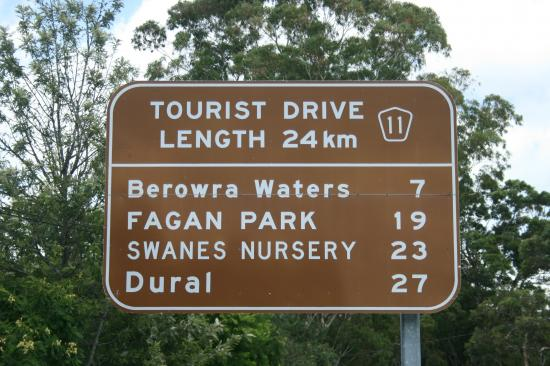 Tourist route sign